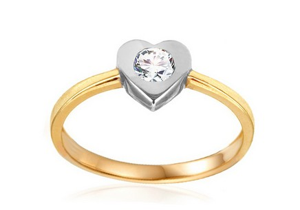 Gold Engagement Ring with Heart Tierra