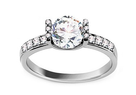 Engagement Ring Magnificence Swarovski
