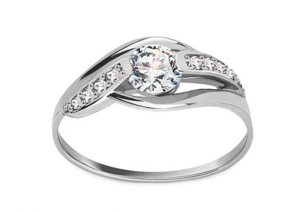 Stunning Engagement Ring Graceful