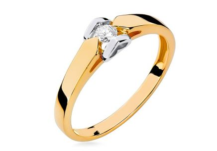 Engagement Ring with Diamond Precious Heart