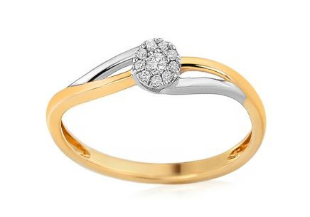 Gold Engagement Ring with Diamonds Stellar