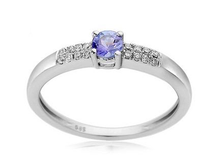 Gold Engagement Ring with Tanzanite Marnie