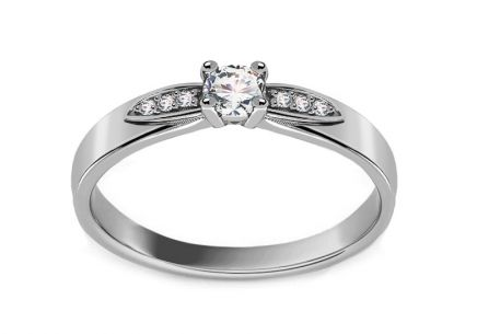 White Gold Brilliant Engagement Ring 0.150 ct