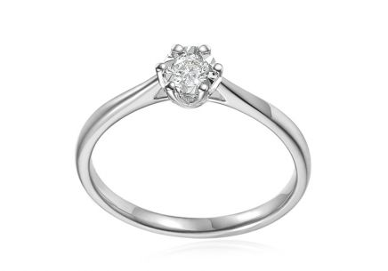 White gold engagement ring with 0.140 ct diamond