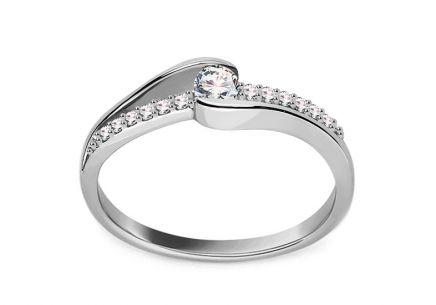 White Gold Engagement Ring with Diamonds 0.200 ct Belanie 2