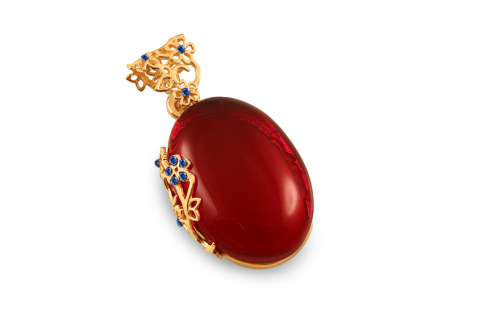 Golden plated pendant with cherry amber and blue stones - IS2663