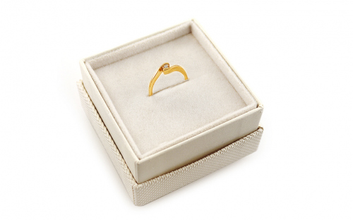Gold Engagement Ring Magic 3 - CSRI2084 - in a box