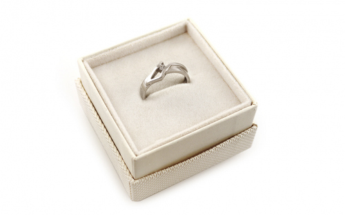 Gold Engagement Ring Pretty 1 - CSRI1377A - in a box