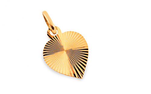 Gold Engraved Heart Pendant - IZ4741
