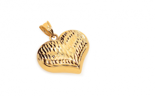 Gold Engraved Heart Pendant - IZ9925
