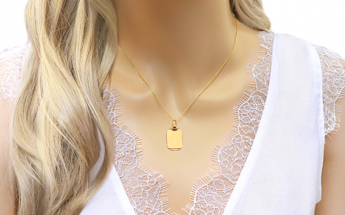 Gold Engraving Plate Pendant - IZ9904M - on a mannequin