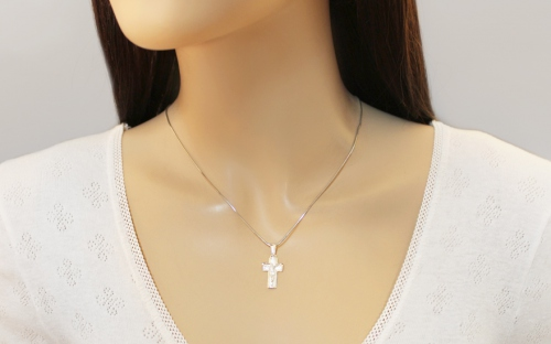 Rhodium plated Pendant Jesus on the cross with frosted - IS1258