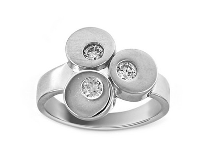 Rhodium plated Silver ring with decorated zirconia