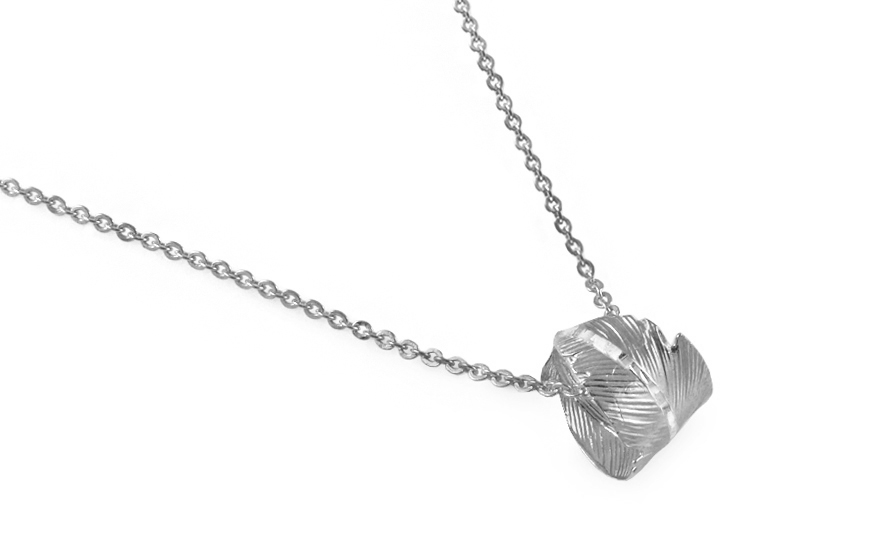 Rhodium plated 925Silver necklace with feather fashion - IS1147A