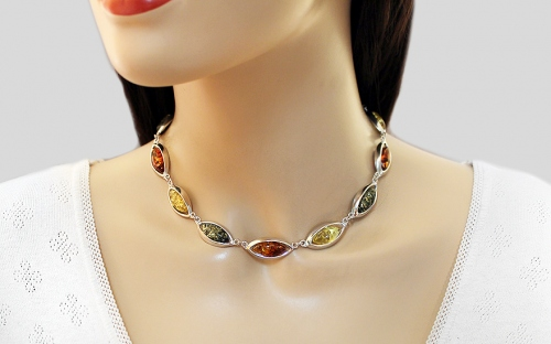 Silver necklace with three-tone amber - IS79F