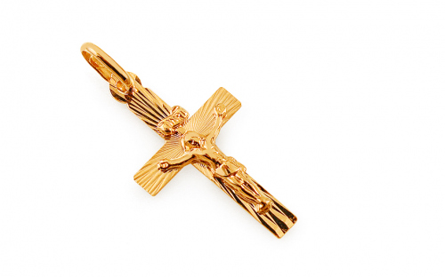 Gold engraved cross pendant with crucifix - IZ4603