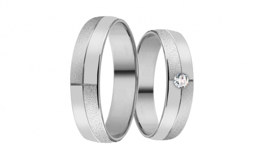 Wedding rings in white gold with stones