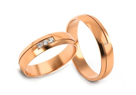 Wedding rings with cubic zirconia width 4 to 5 mm