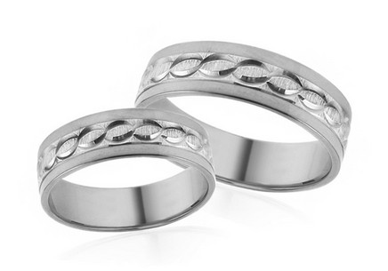 Wedding rings white with engraved pattern width 5 mm
