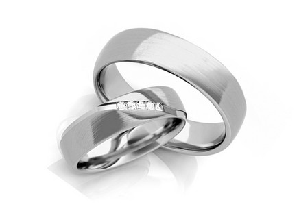 Wedding rings with diamonds 0,075 ct width 5 mm