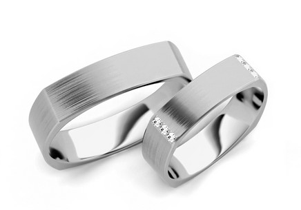 Wedding rings with diamonds 0,120 ct width 5.2 mm
